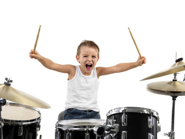 Игра на барабанах